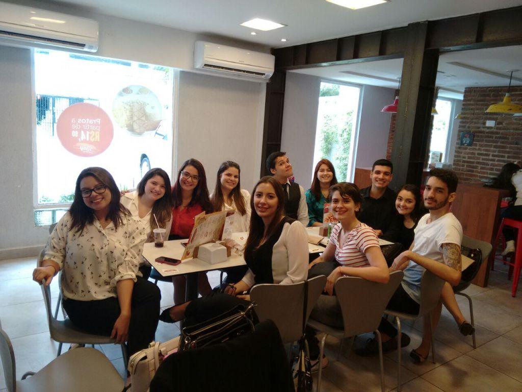 Marcella, Ariadna, Fernanda, Lara, Emanuel, Thainá, Ed, Salete, Dani, Eu, Stephanie